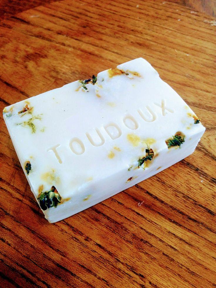 """Savon saponifié à froid """" Toudoux """" : Soin, bien-être par bain-de-bulles"""