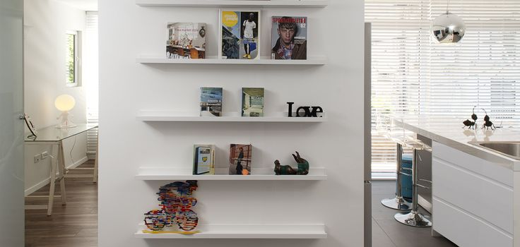 thin shelves for decoration