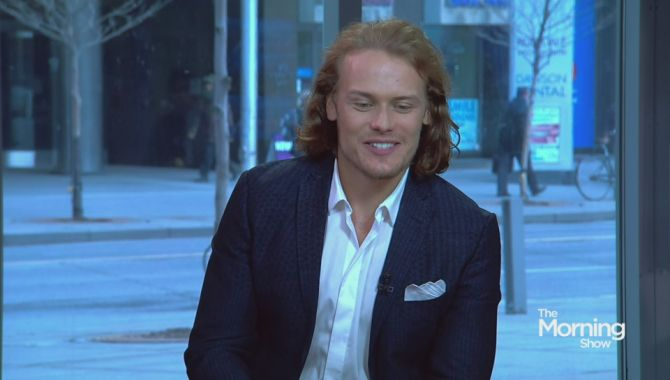 'Outlander' star Sam Heughan discusses romance, violence on hit series | Globalnews.ca