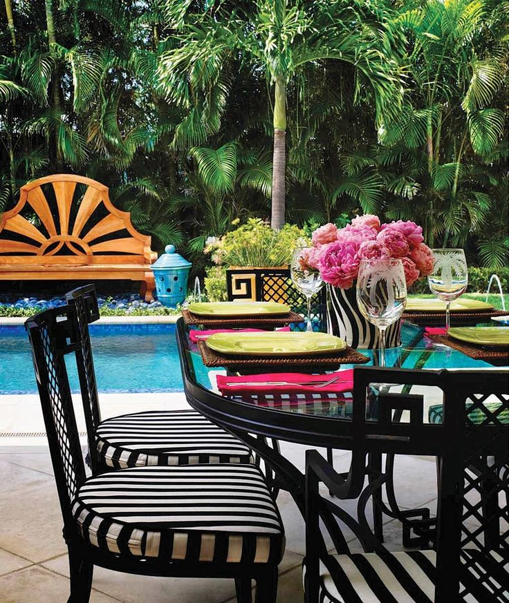 Black and white stripes on outdoor chairs. - 663 Best Images About Great Outdoor Living On Pinterest Outdoor