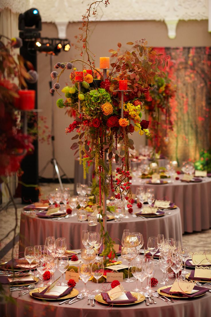 Fall Wedding Reception in Arłamów Hotel, Poland by artsize.pl