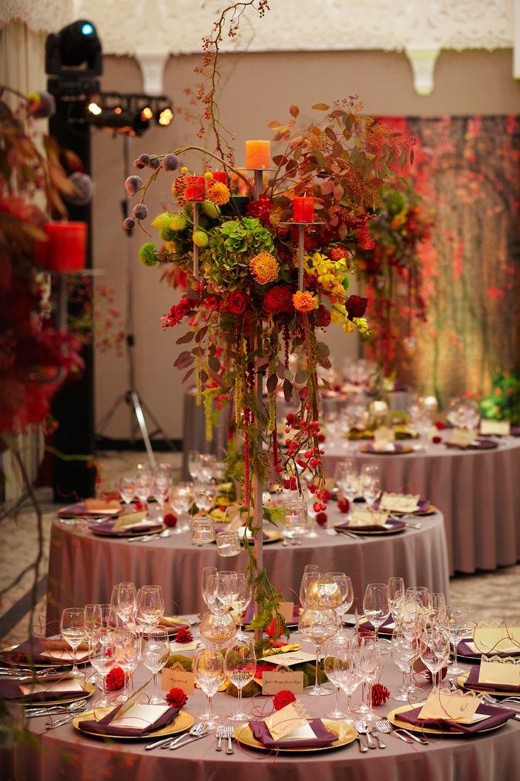 Fall Wedding Reception in Arłamów Hotel, Poland by artsize.pl