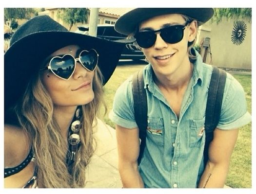 vanessa hudgens and austin butler relationship goals messages