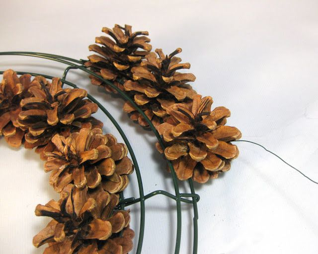 280 Best Images About Christmas Wreaths Pinecones Crafts