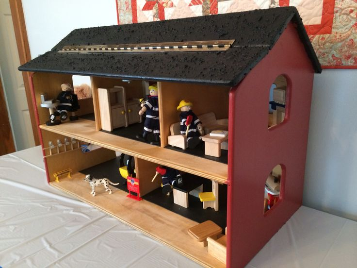 Dollhouse up cycled to a firehouse