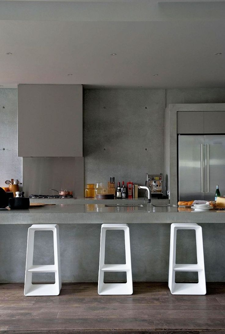 Love the colour marble for maybe a centre island as the focal point of the kitchen. Sorrento House by Robert Mills Architects