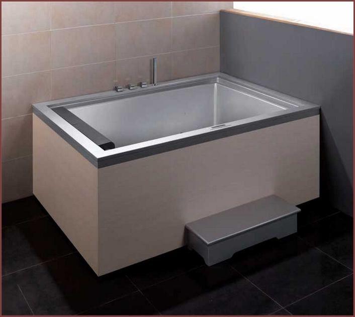 2 Person Soaking Tub 2 Person Bathtub Dimensions Two Bathtubs For A Romantic Intended Bathtub Dimensions Deep Bathtub Bathtub Remodel