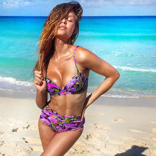 Жозефин Скривер: пляжные фото модели Victoria's Secret из инстаграма   GQ   Девушки   GQ.ru