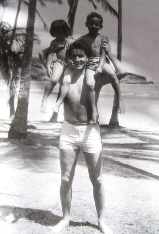Elvis w/ the two beach kids on the set of Blue Hawaii