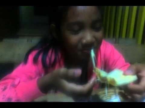 Aulita Eat Panties Pizza With Tesha Putri @Solo