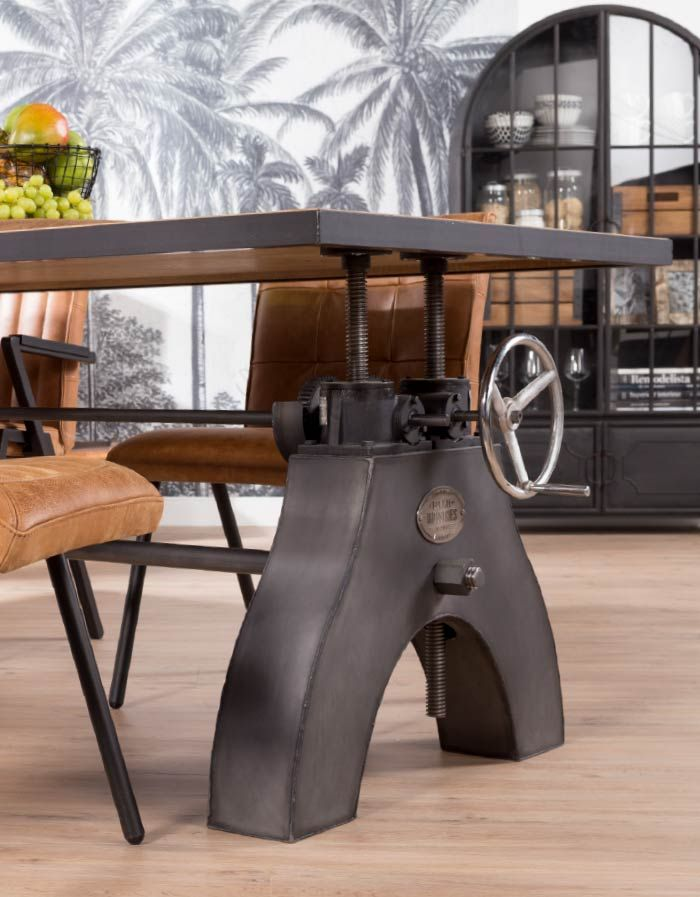 Robuuste Industriele Eettafel.Industriele Tafel Turn It Up De Bommel Robuuste Tafels