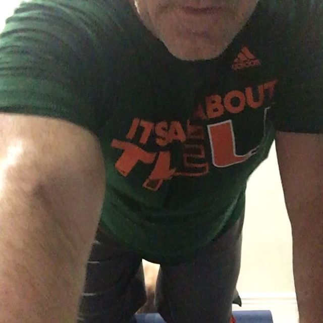 """""""All About the """"U"""" Push-Ups""""  Day 541  22 Veterans a day commit suicide due to PTSD.  22 push-ups a day to raise awareness about veteran suicide and mental health issues. """"Not only am I committed to doing 22 push-ups a day for the Vets, I will also close your home loan in 22 days!!!"""" #ptsd #usarmy #vets #veterans #preventsuicide #22pushups  #Suicide #22 #day #usa #americansoldier #god #bless #america #valoans #miami #realestate  #everyday #loans  #mr22 #mr22pushups #22kill #mortgageloans…"""