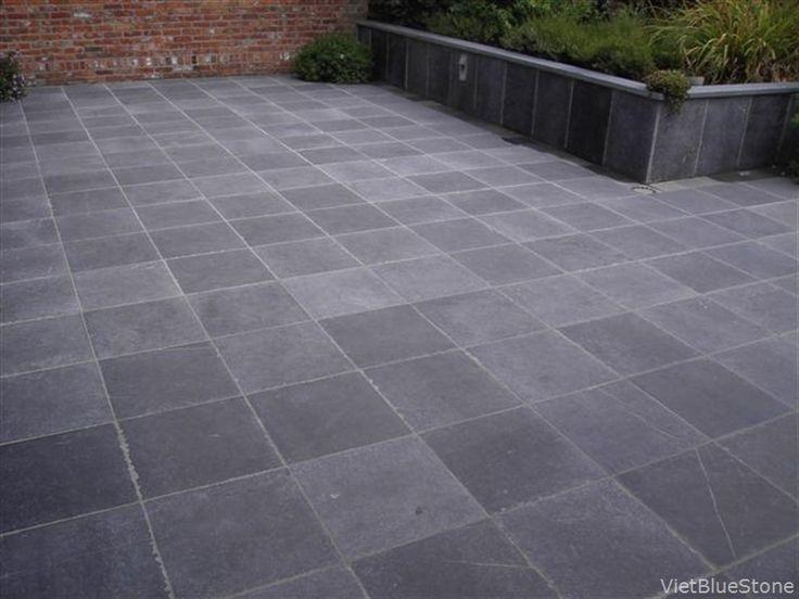 terras in blauwe hardsteen - vietbluestone.com
