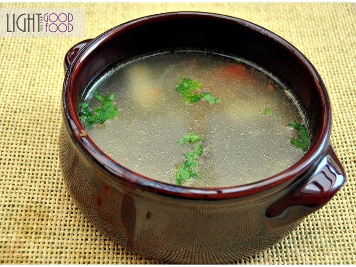 Supa de gaina cu gnocchi – Pisi e obraznica, Cocoon Kills | lightgoodfood.ro