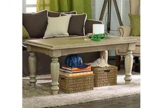 Classic Coffee Table in oak with sculptured leg detail