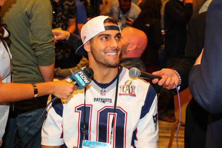 Report: Bears making push for Patriots' QB Jimmy Garoppolo = If the Patriots want to trade backup QB Jimmy Garoppolo, they're not going to be lacking for options. According to Jason La Canfora, a lot of teams are…..