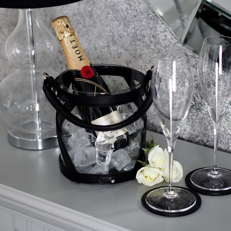 Lovely Saturday evening. Photo: Fabulousthings -blog. Leather products: www.balmuir.com/shop