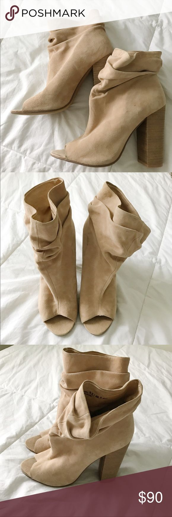 Shoes Brand new Kristin cavalari pumps!! Gorgeous shoe, never worn before kristin cavallari Shoes Ankle Boots & Booties