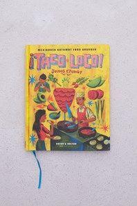 I ¡Taco loco! Mexikansk gatumat från grundenfår du följa med på upptäcktsfärd genom ett av de mest spännande och outforskade gatumatsköken i hela världen. Smaka nyfriterade totopos stående vid ett rackligt stånd i någon av Mexico Citys kaotiska mercados. Äta den mystiska rätten barbacoa – en get nergrävd i marken med glödande kol, ett krucifix och en flaska mezcal – i ett skjul utanför byn Zaachila. Eller lugnt sippa på en iskall michelada under vulkanen i Oaxaca, en stad med en matkultur…