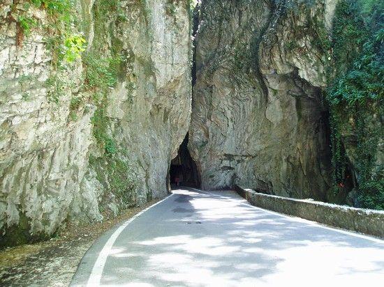 Strada della Forra - Itinerari e escursioni a Tremosine