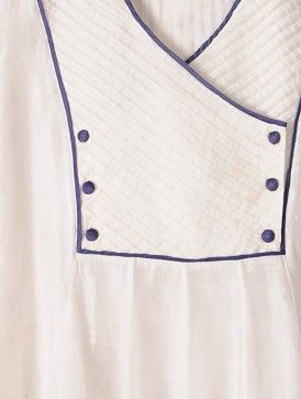 White-Ivory Pintuck Kalidar Hand woven Chanderi Kurta, yoke detail