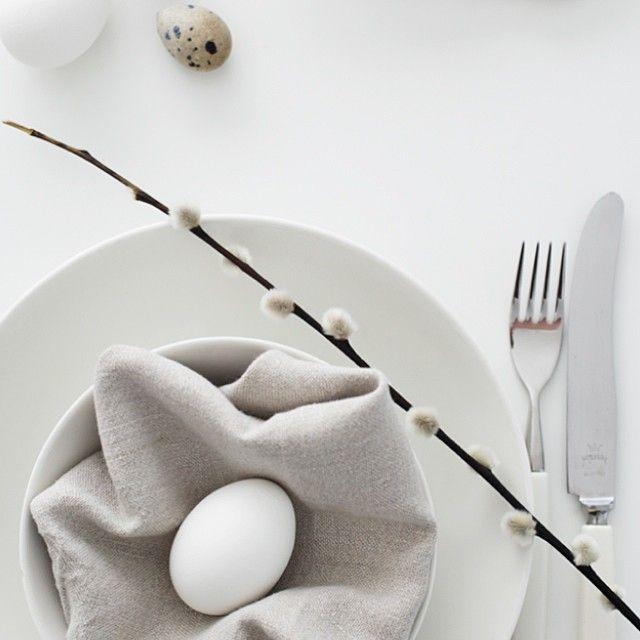 Easter breakfast - more on the blog - #newblogpost #tablesetting #easter