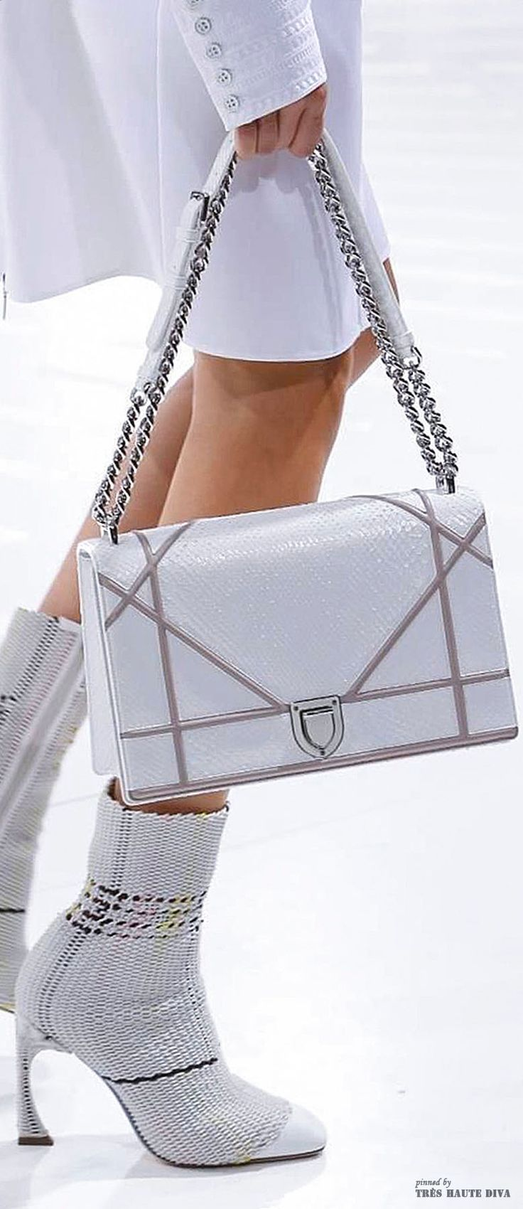 #Paris FW Christian Dior Spring Summer 2015 detail = pin courtesy of Tres Haute Diva iw