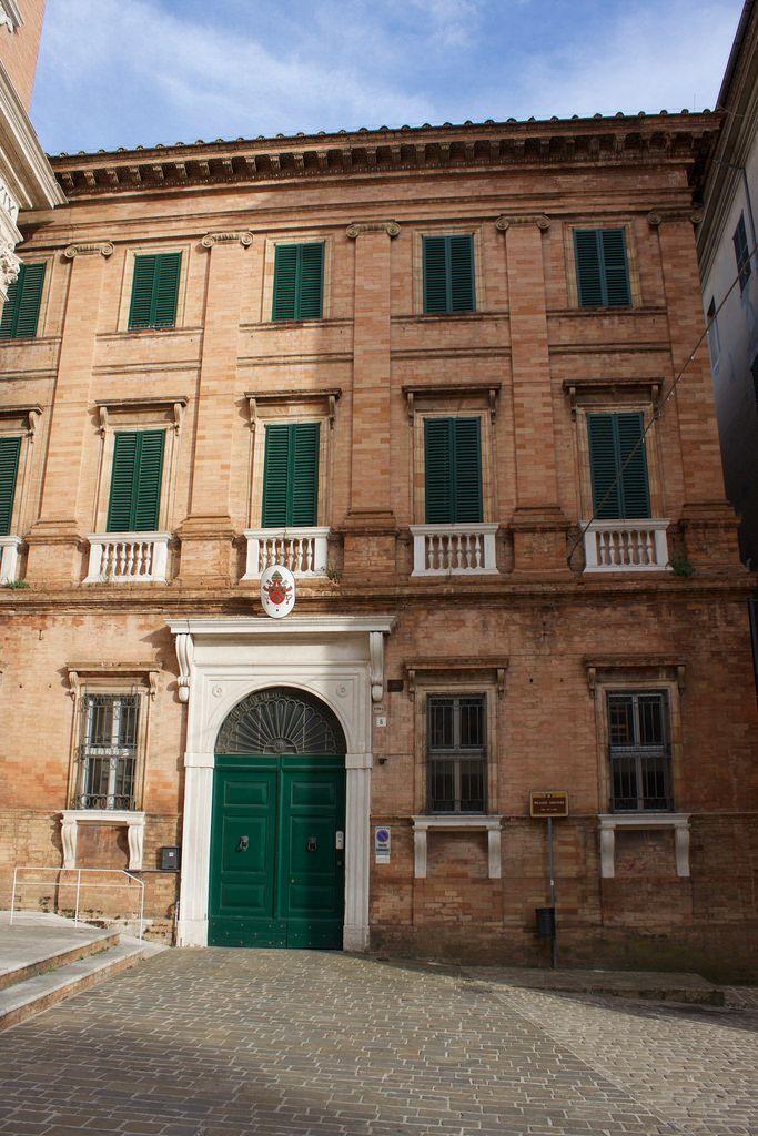 Jesi: Palazzo Vescovile