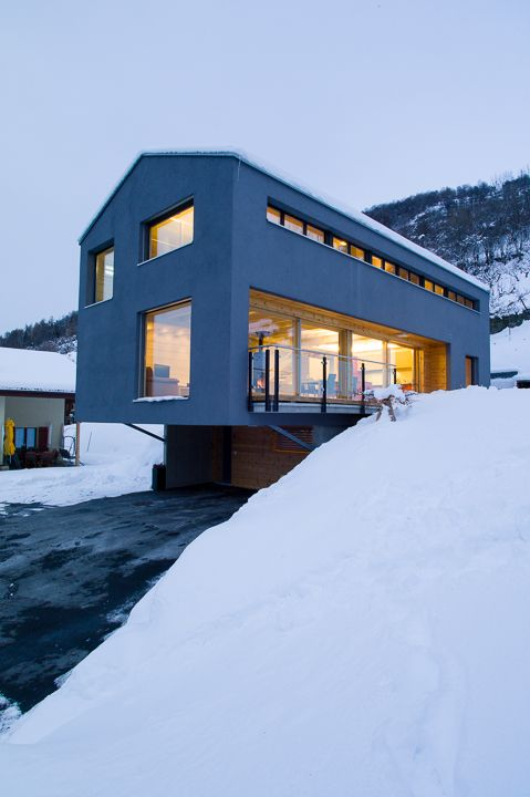 Honka Fusion home in Switzerland. Honka log homes.