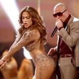 La chanteuse Jennifer Lopez était initialement choisie pour jouer lors la cérémonie d'ouverture de l'IPL 6, mais elle a été remplacée par le rappeur Pitbull.