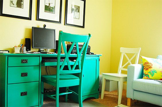 Turquoise Painted Desk 565 x 374