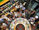 """Guia Folha - Passeios - """"Guia"""" sugere 30 bibliotecas, livrarias e sebos clássicos e novos em SP - 24/05/2013"""