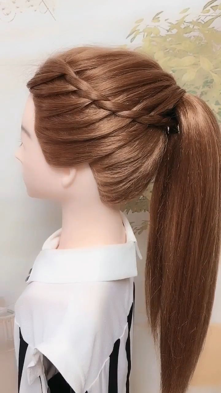 Side-knitted high ponytail hairstyle
