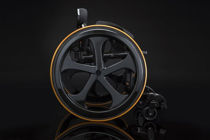 andrew slorance remakes the wheelchair out of carbon fiber
