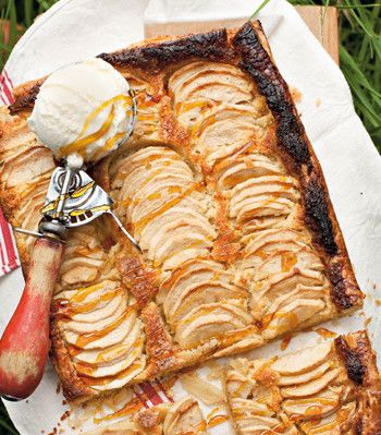 Almond and Apple Pie - EatOut
