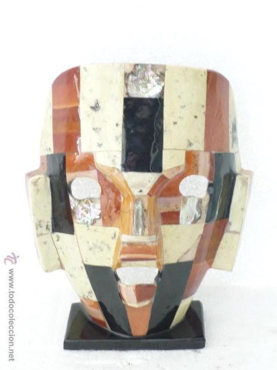 Mascara hecha con trozos de marmol y nacar alto 21cm for Objetos hechos con marmol