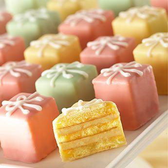 Mini Cake Favors or petit four party favors, petit fours, mini cakes, miniature@ the roche shop, the party favor store {therocheshop.com}