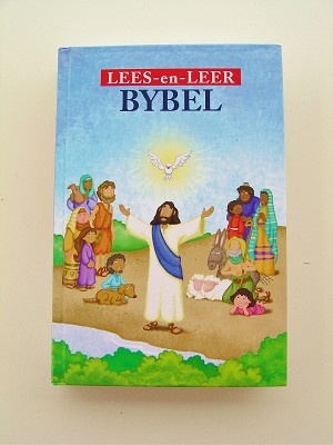 Read and Learn Bbile in Afrikaans Language / LEES-en-LEER BYBEL
