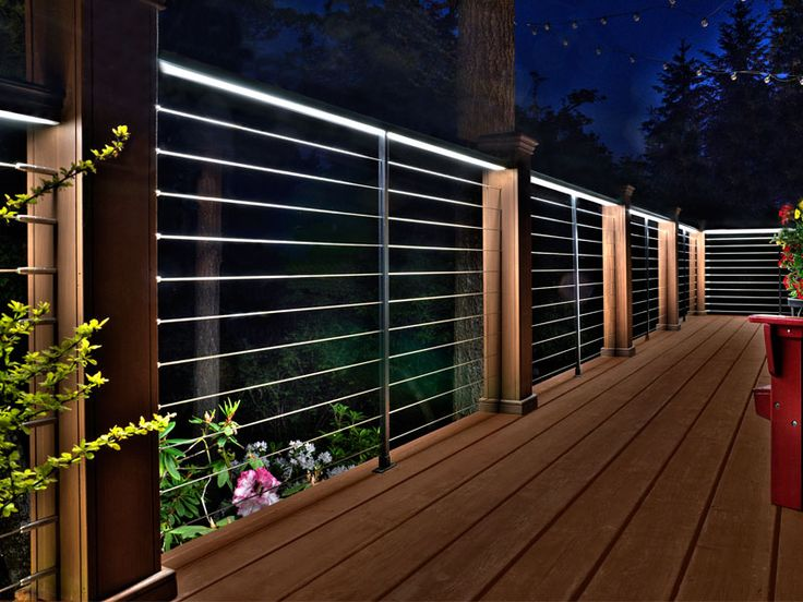 Best 25 aluminum handrail ideas on pinterest patio for Balcony lights