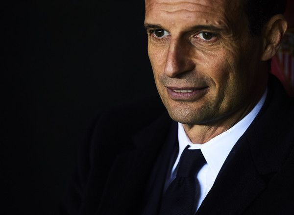Massimiliano Allegri of Juventus looks on during the UEFA Champions League match between Sevilla FC and Juventus at Estadio Ramon Sanchez Pizjuan on November 22, 2016 in Seville, Spain.