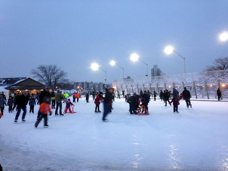 Lace up your skates at an outdoor skating rink in Hamilton this winter!