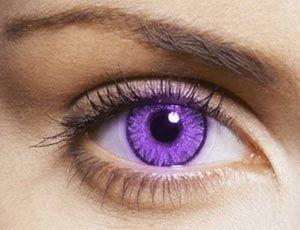 Os perigos das lentes de contato cosméticas