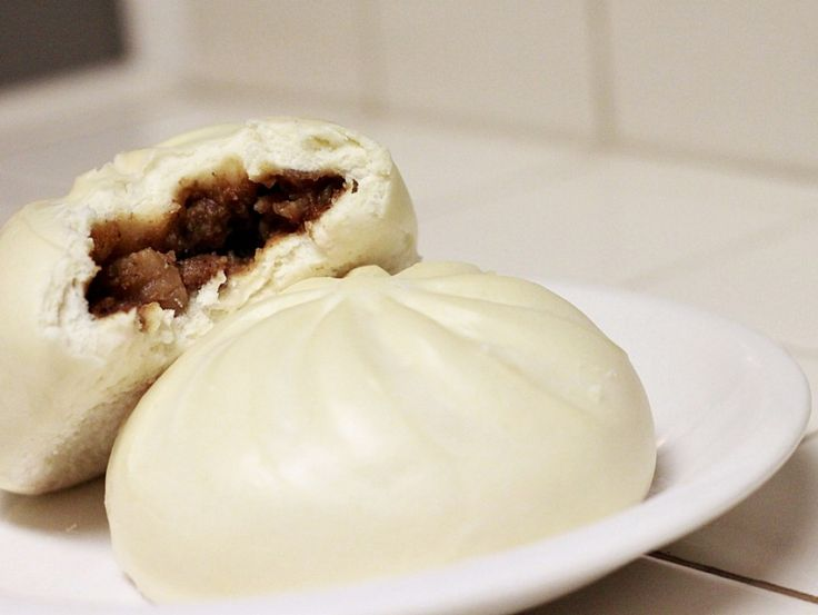 Siopao 310am, CC-BY-SA, via flickr Siopao is a well-liked Philippine bun that is stuffed with many ingredients like meat, seafoods, vegetables and hardboiled eggs.   It comes in its signature white color, round shape, and soft texture.   It is...