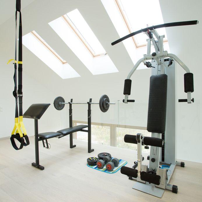 1000 id es sur le th me salle de sport sur pinterest salle salle de fitness et fitness club. Black Bedroom Furniture Sets. Home Design Ideas