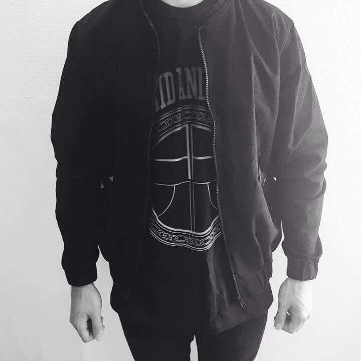 Labelless Bomber Jacket #labellessgallery #astridandersen #fashion