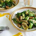 Gluten-Free Penne Pesto with Black-Eyed Pea Tempeh and Artichoke Hearts (Giveaway!)