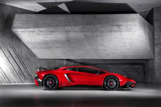 Lamborghini Aventador LP 750-4 SV preview - 735bhp to all four wheels | Evo