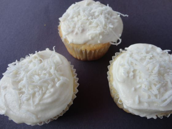 coconut cupcakes with whipped coconut milk frosting