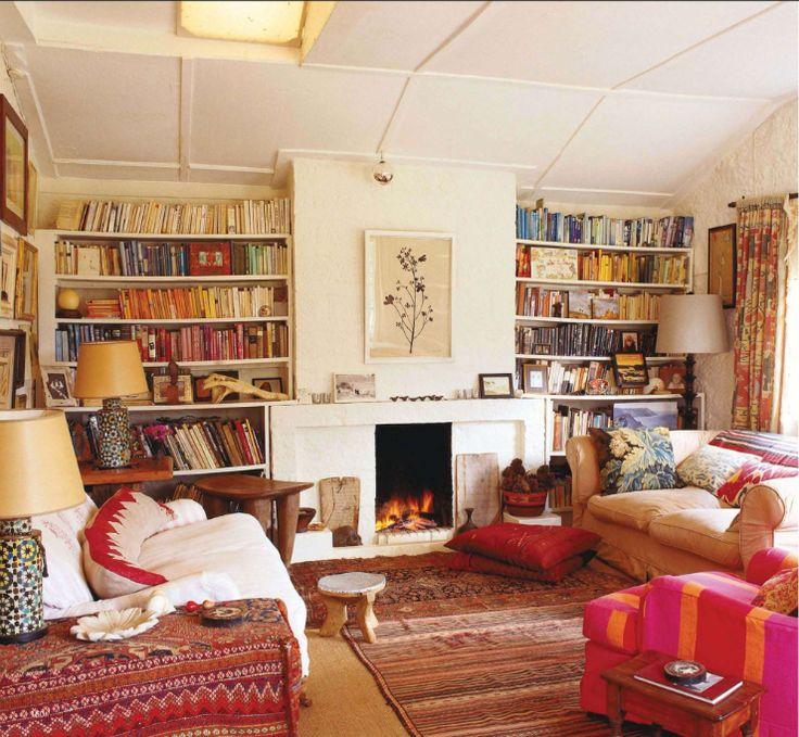 Livros miil.!: Living Rooms, Idea, Color, Livingroom, Book, World Of Interiors, House, Fireplace, Space