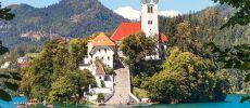 Slovenya - Ljublana Slovenya'nın başkenti Ljublana, eski ve yeni kent olarak iki bölgeden oluşmaktadır. Ülke için kültürel, bilimsel, politik ve ekonomik olarak merkezi yeridir. Alpler ve Akdeniz'in arasında, Save ve Ljubljanica nehirleri üzerine kurulu ve Slovenya'nın merkezinde yer alır. http://enucuzucakbilet.org/ucus-noktalari/istanbul-ljublana.html